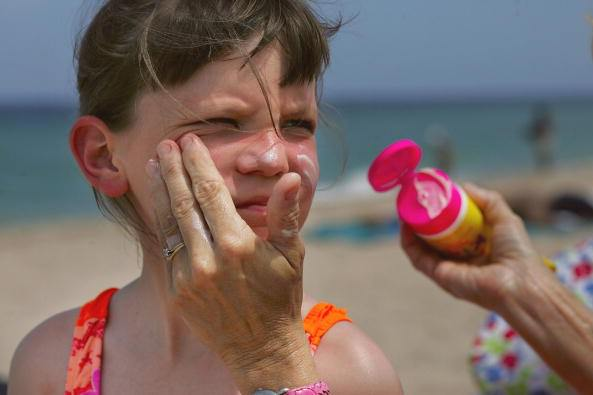 5 Ways to Get Kids to Wear Sunscreen