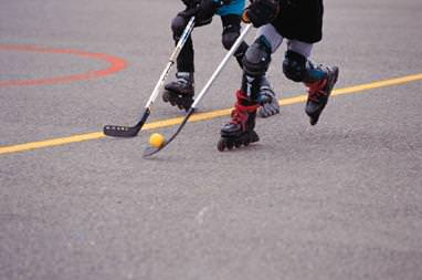 iPhones over Road Hockey for Canadian kids?